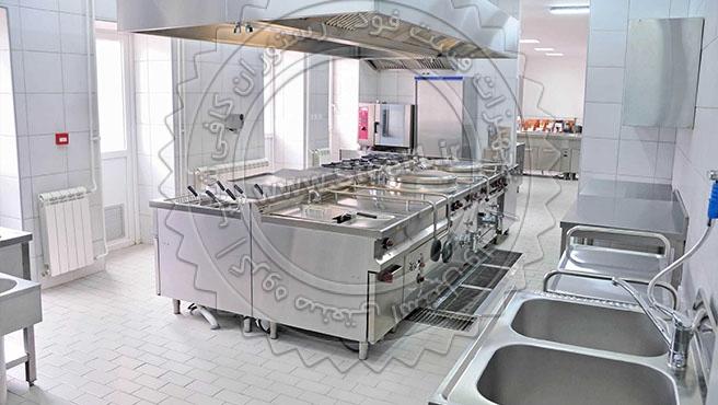 آشپزخانه صنعتی مدرن